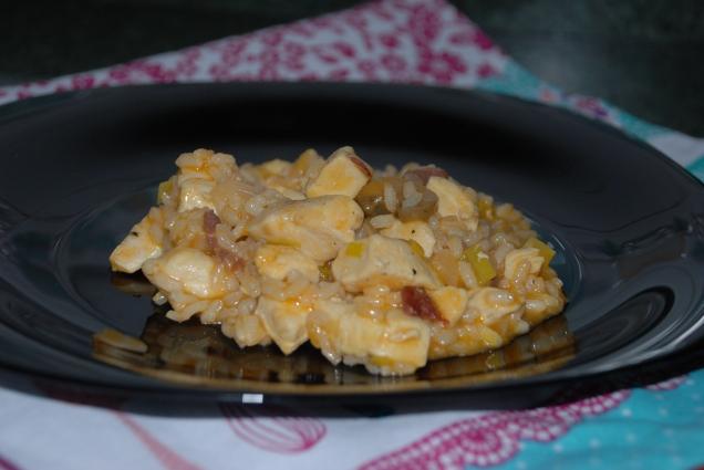 Arroz meloso con jamón, champiñones y pollo